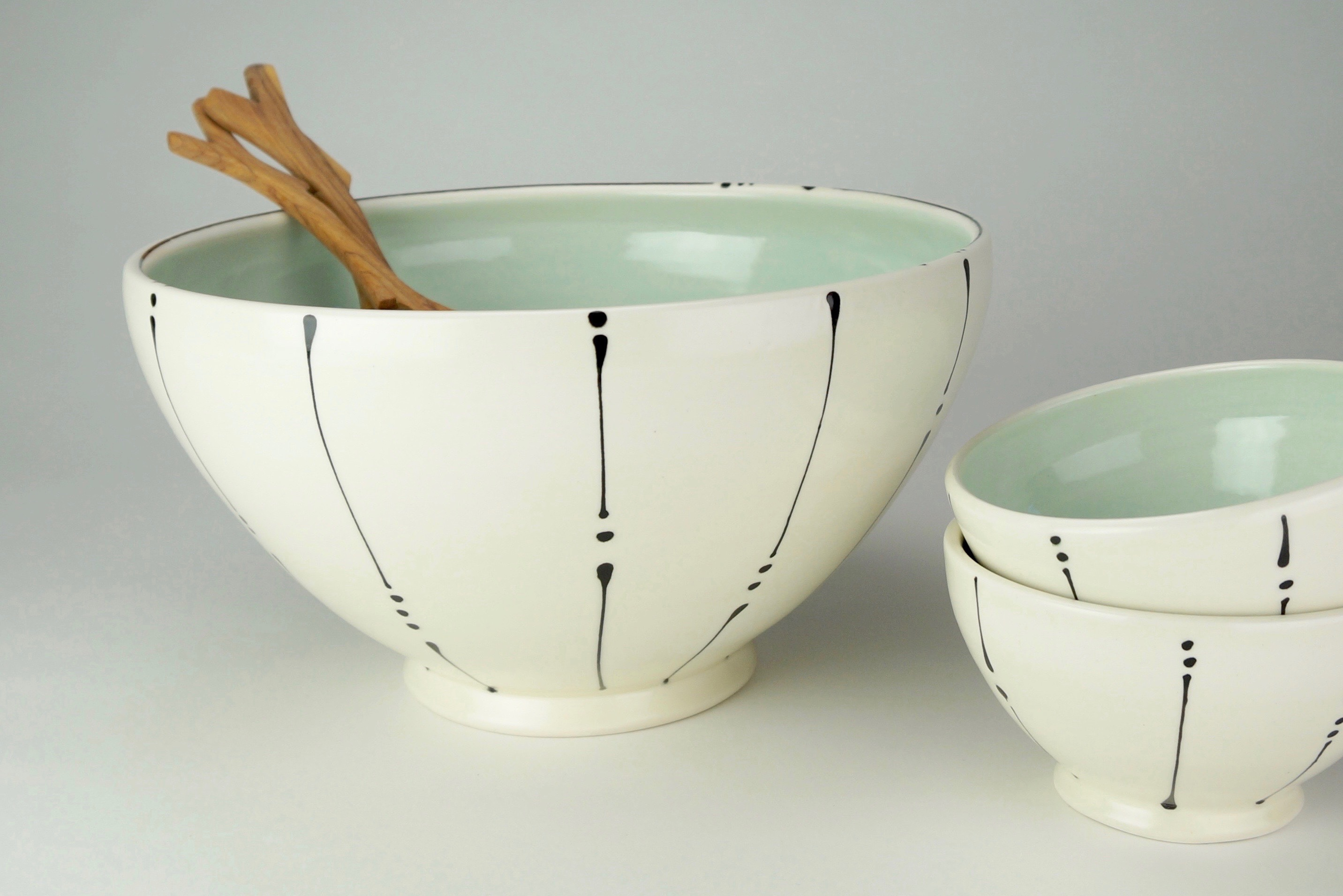 02 Serving Bowl two rice bowls